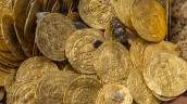 cropped-numesmatics-divers-find-record-trove-of-fatimid-era-gold-coins-in-mediterranean.jpg